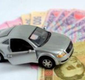 На Закарпатті власники елітних авто, сплатили  понад 2,6 млн гривень