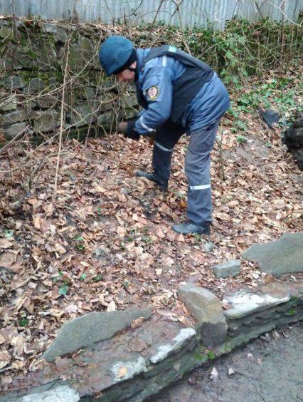 В Ужгороді піротехніки знищили мінометну міну