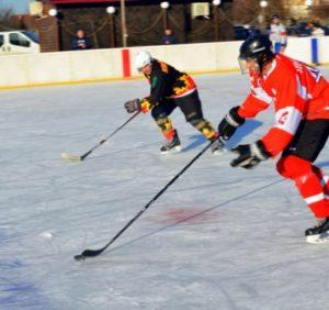 Хокей: «Барси» громлять «Спартак», «Вовки» поступаються «Синевиру» (ВІДЕО)