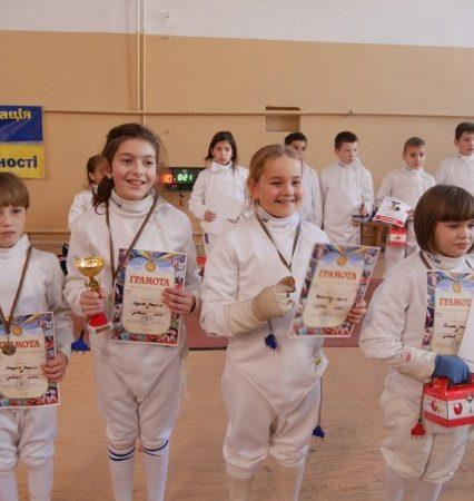 Міжнародний турнір «Кубок Діда Мороза» з фехтування стартував в Ужгороді