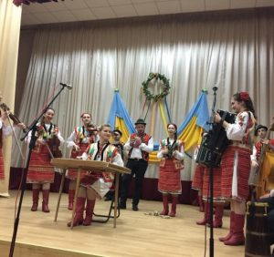 Ужгородський коледж культури і мистецтв відзначив День Соборності святковим концертом (фото)