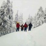 Гірські рятувальники знайшли туристів, що заблукали поблизу Петроса