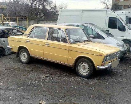 В Ужгороді поліція затримала викрадачів автомобіля