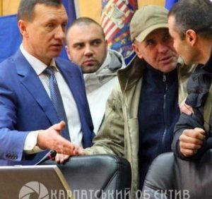 Громада Ужгорода змусила міськраду скоротити посаду заступника мера, якого звинувачують у хабарництві (відео)