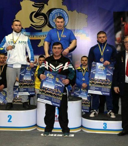Ужгородець став чемпіоном України з пауeрліфтингу в класичному жимі лeжачи
