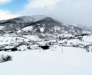 Горнолыжная база-призрак на краю Закарпатья (ВИДЕО)