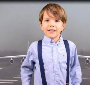 «Мрія» – український літак: 7-річного блогера із США обурила помилка в енциклопедії (ВІДЕО)