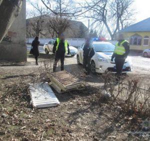 Мукачівські правоохоронці на місці злочину затримали крадія-металіста