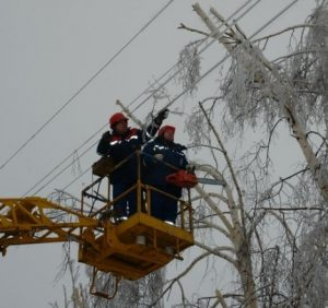Негода на Закарпатт: 16 населених пунктів залишаються знеструмленими
