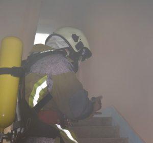 В Ужгороді горів готель: вогнеборці врятували чоловіка та ще 42 евакуювали