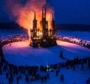 В России на Масленицу сожгли католический костел (ВИДЕО)