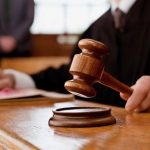 Прокуратура скерувала до суду обвинувальний акт щодо чоловіка, який незаконно видобував гравій на Перечинщині