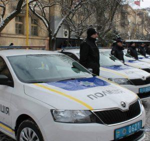 Автопарк поліції Закарпаття поповнився одинадцятьма новими автомобілями та автобусом (ВІДЕО)