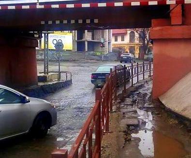 На що витрачено 12 млн. гривень, які були спрямовані на ремонт проїзду під мостом?