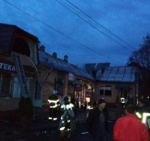 Тячівські вогнеборці ліквідували пожежу в магазині