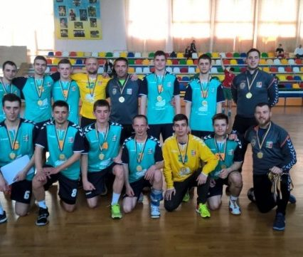 Виступ ужгородських «Карпат» у фінальному турі Першої ліги України: непередбачувані гандбольні двобої