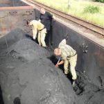 Контрабандні цигарки виявили прикордонники у вагоні з рудою