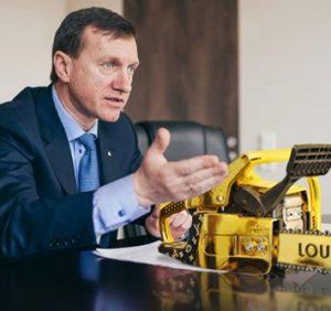 Мер Ужгорода Андріїв з місцевими чиновниками змушує підприємців виїжджати з України на заробітки (ВІДЕО)