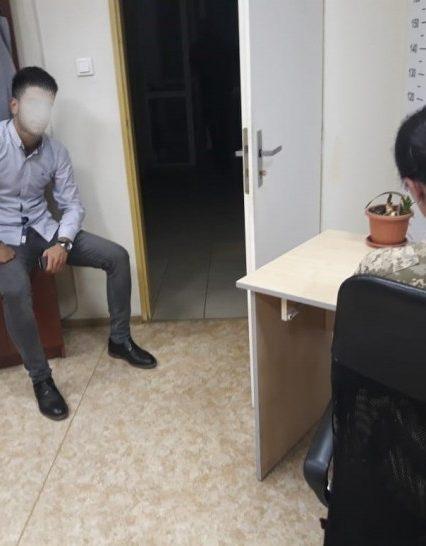 Турка з підробленим паспортом затримали на кордоні (ФОТО)