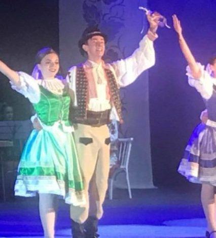 Ужгородський коледж культури та мистецтв вразив глядачів театралізованим дійством (фото)