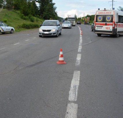 Поліція з'ясовує обставини аварії з травмованими у Мукачеві