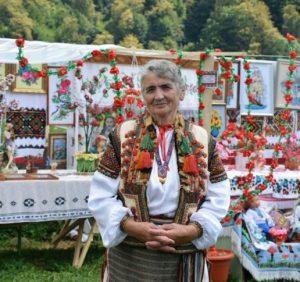 Орнаментам і символам, прихованим у Карпатському ліжнику, присвятили фестиваль на Рахівщині (ФОТО)