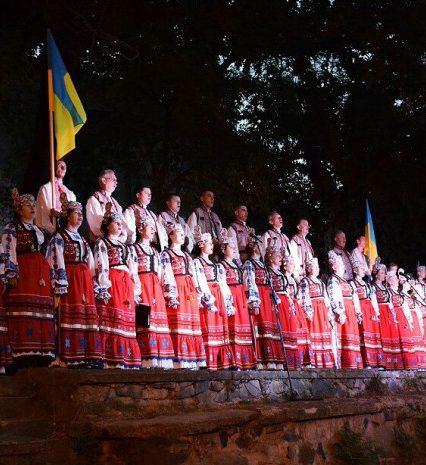 Закарпаття зустріло світанок Дня Незалежності молитвою за Україну (ФОТО)
