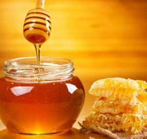 """Хуст запрошує на свято меду й вина """"Срібні джерела"""""""
