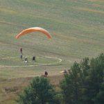 На Міжгірщині пройшов Кубок з точності приземлення на парапланах (ВІДЕО)