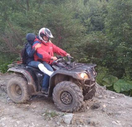 На Закарпатті рятувальники надали допомогу туристу, що травмувався у горах