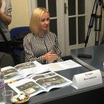 Піймана на хабарі чиновниця Тетяна Полтавцева повернулася на роботу в Ужгородську міськраду
