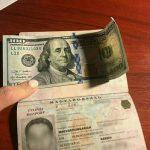Прикордонників намагались «переконати» хабарем у 100 USA