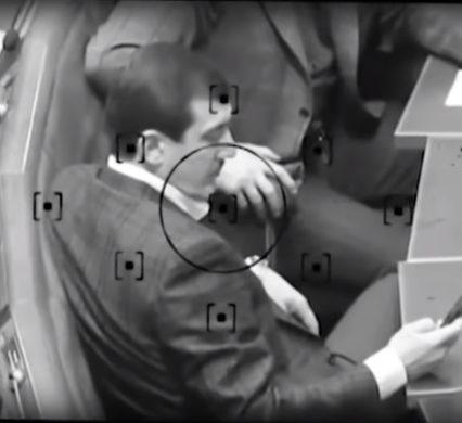 Закарпатські нардепи керують контрабандою сигарет в області прямо під куполом Ради (відео)