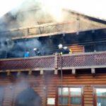 Воловецькі вогнеборці ліквідували пожежу на території готельно-ресторанного комплексу