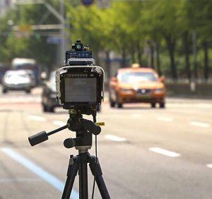 Попередження закінчились: Як штрафують водіїв за перевищення швидкості на Ужгородщині (ВІДЕО)