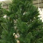 Искусственная елка – настоящее украшение новогоднего праздника