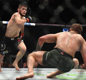 «Хабиб перепрыгнул чертову клетку как обезьяна». Босс UFC в шоке от поведения Нурмагомедова