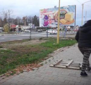 Ремонтували і покинули: влада Ужгорода завершує більшість об'єктів абияк (ВІДЕО)