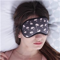 Оригинальные аксессуары: маски для сна