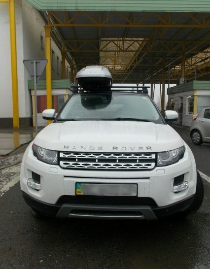 Два викрадені автомобілі затримали прикордонники на Закарпатті