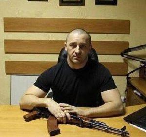 Скандальний депутат Волошин скуповує в Ужгороді квартири за безцінь