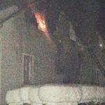 Закарпатські вогнеборці ліквідували пожежу в колишній будівлі дитячого садочку