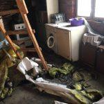 Закарпатець ледь не згорів рятуючи будинок родича