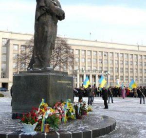Сьогодні на Закарпатті вшанують пам'ять Тараса Шевченка