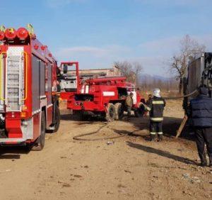 За добу закарпатські вогнеборці рятували від знищення вогнем три автомобілі