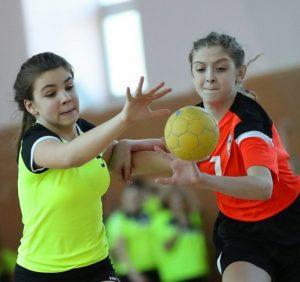 Гандбол: Дівчача команда «Карпат» здобула бронзу в Чемпіонаті України (фото)