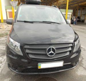 Викрадений у Бельгії «Mercedes Vito» затримали прикордонники на Закарпатті