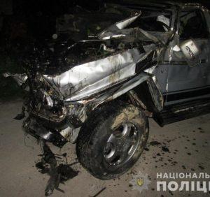 Тячівська поліція встановлює обставини аварії з потерпілими у селі Вільхівці