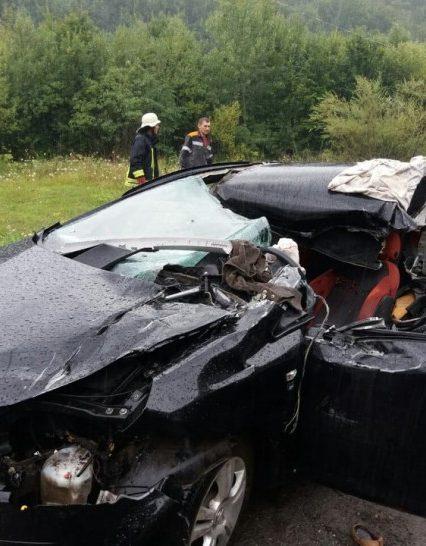 Воловецькі рятувальники провели аварійно-рятувальні роботи на місці трагічної ДТП (фото)