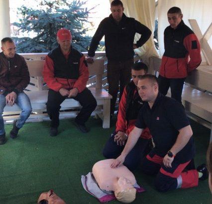 На Закарпатті стартували дводенні навчання гірських рятувальників по наданню долікарської допомоги постраждалим у горах